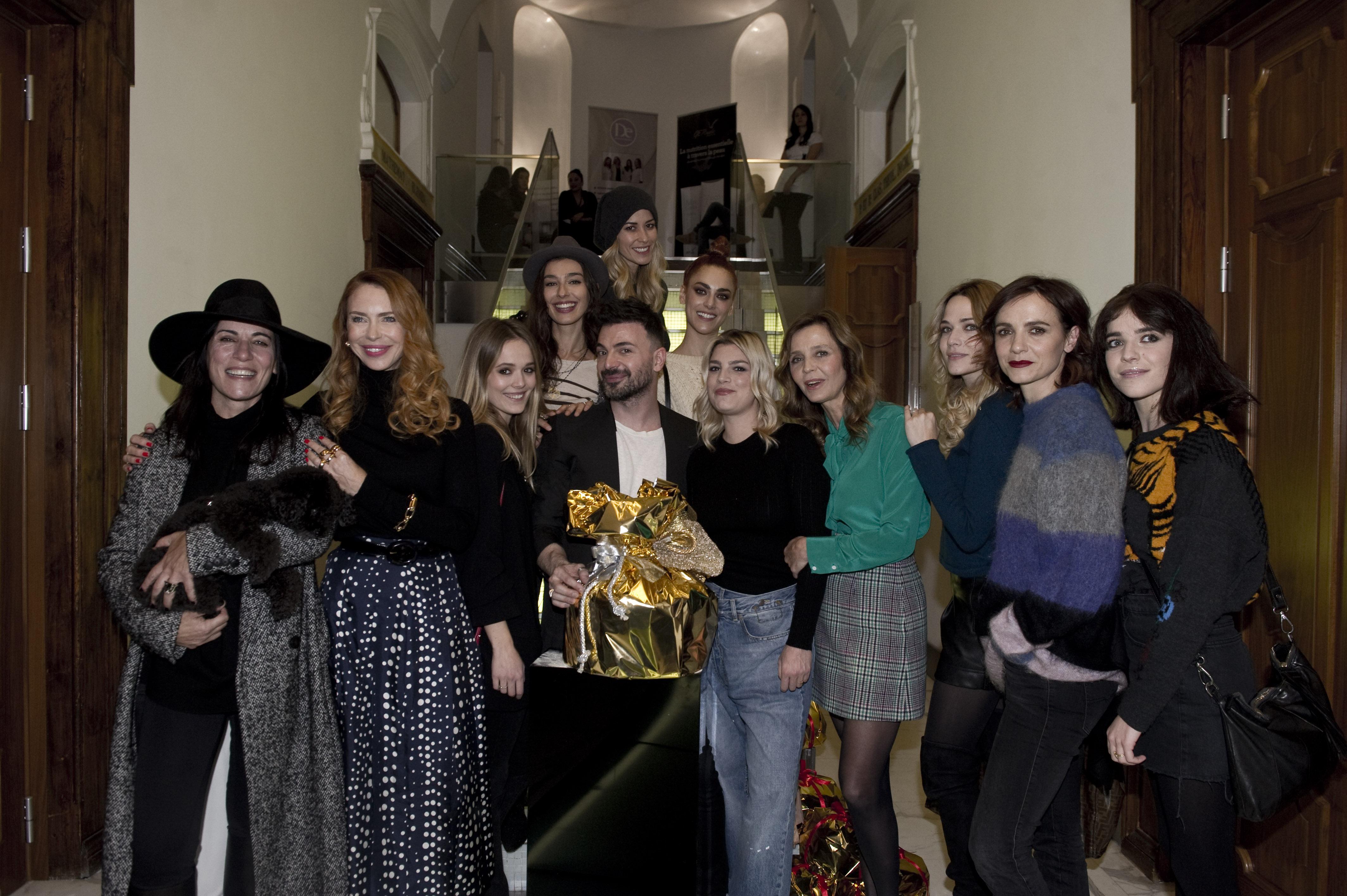 """<span class=""""entry-title-primary"""">Le star del cinema italiano riunite per il Christmas Beauty Day di Simone Belli</span> <span class=""""entry-subtitle"""">Tantissime celebrità del piccolo e del grande schermo nostrano si sono ritrovate durante l'evento dedicato al beauty e al benessere.</span>"""