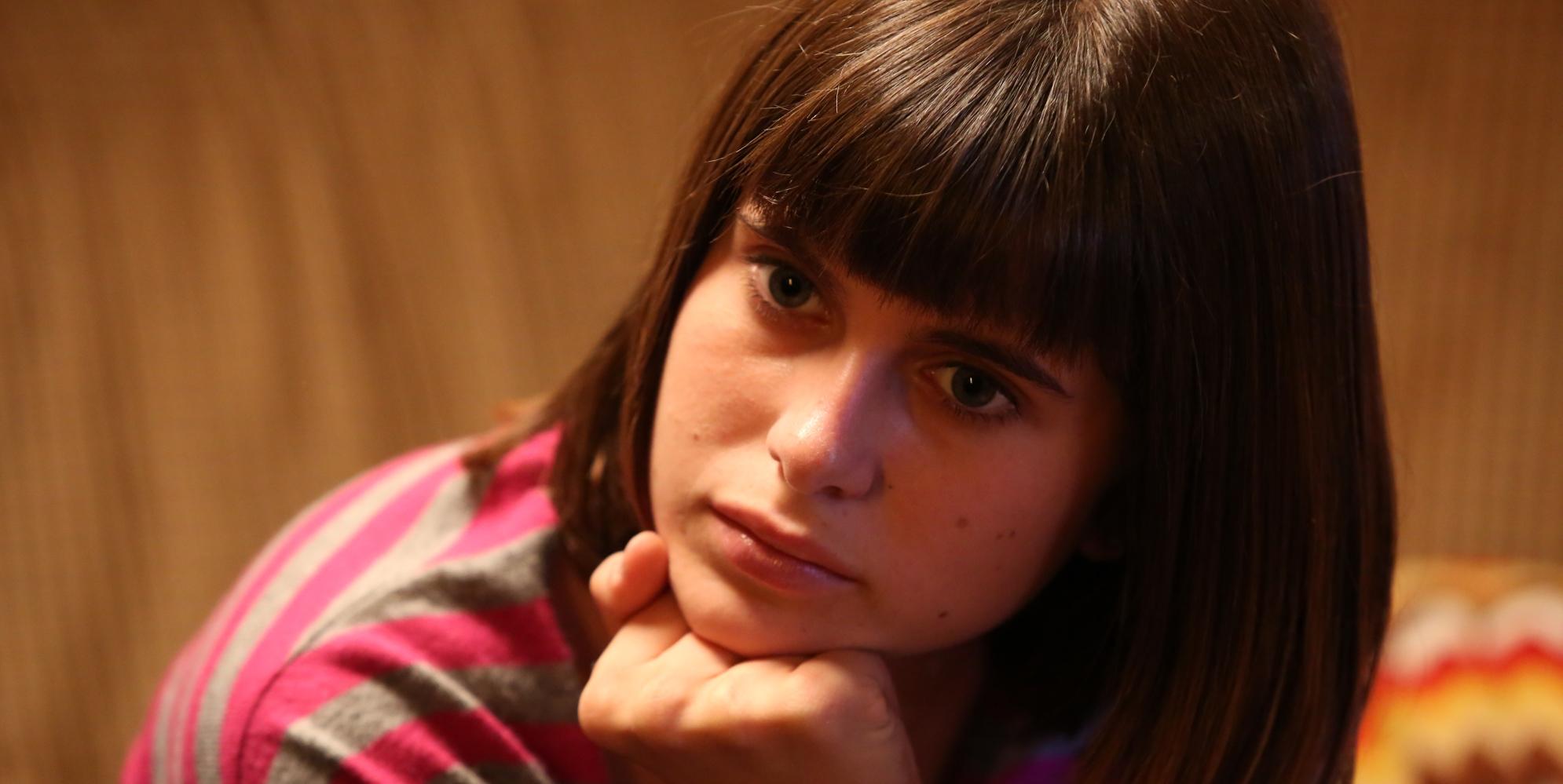 """<span class=""""entry-title-primary"""">Intervista a Carolina Signore: """"Al cinema in 'Appena un minuto'. Che maestra Loretta Goggi""""</span> <span class=""""entry-subtitle"""">La giovane attrice presenta il ruolo di Greta e racconta l'esperienza sul set del film di Francesco Mandelli e con Max Giusti, Loretta Goggi e Dino Abbrescia.</span>"""