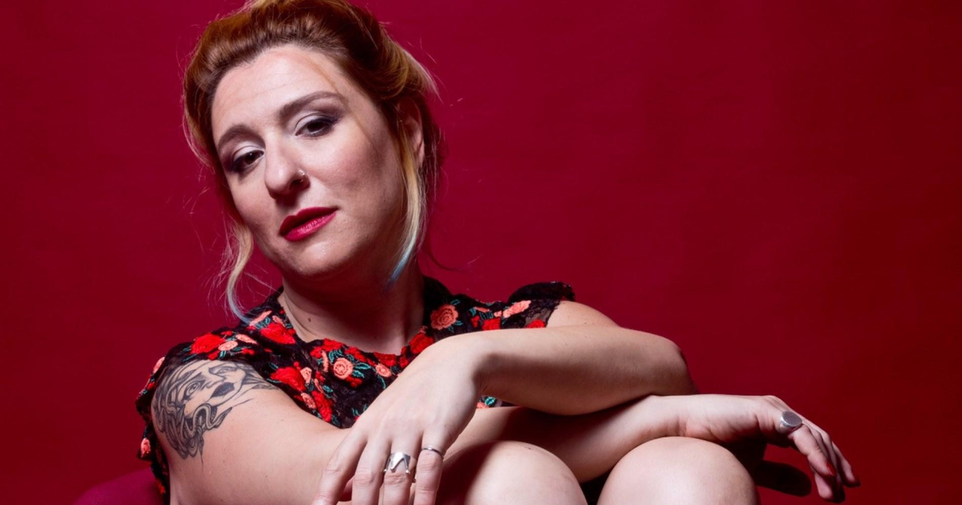 """<span class=""""entry-title-primary"""">Intervista a Licia Lanera: """"A Venezia con 'Spaccapietre'. Ripartiamo con la cultura""""</span> <span class=""""entry-subtitle"""">L'attrice presenta 'Spaccapietre', film di Gianluca e Massimiliano De Serio con Salvatore Esposito.</span>"""