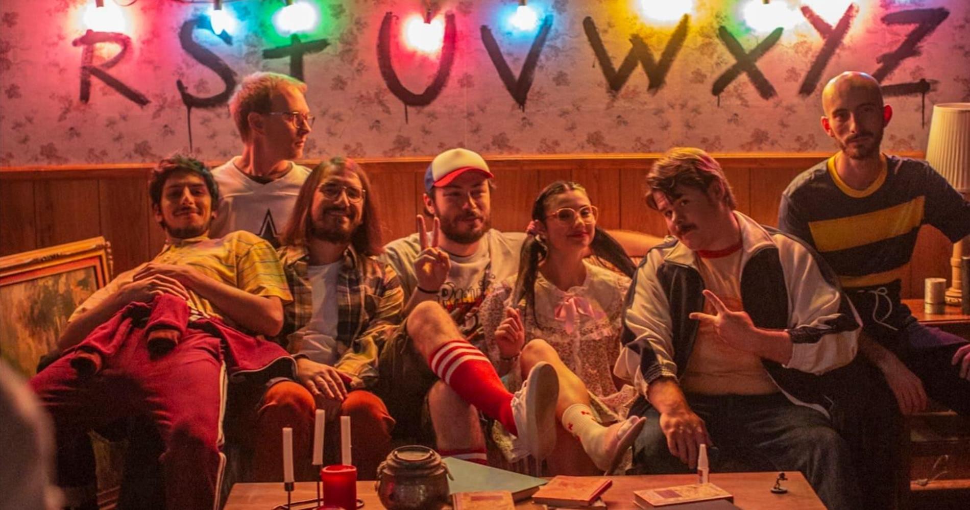 """<span class=""""entry-title-primary"""">Pinguini Tattici Nucleari: un successo a suon di cinema e serie tv</span> <span class=""""entry-subtitle"""">""""La storia infinita"""" spopola omaggiando """"Stranger Things"""" e il gruppo bergamasco si conferma una delle più interessanti band della musica italiana. </span>"""